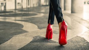 How to walking heels   7 Amazing tips for learning to walk in high heels