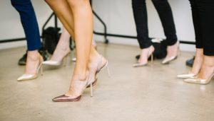 How to walking heels | 7 Amazing tips for learning to walk in high heels